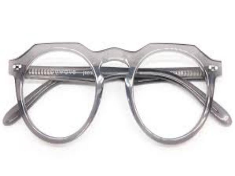 Usare gli occhiali da lavoro