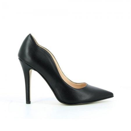 La scarpa Décolleté come icona della sensualità femminile